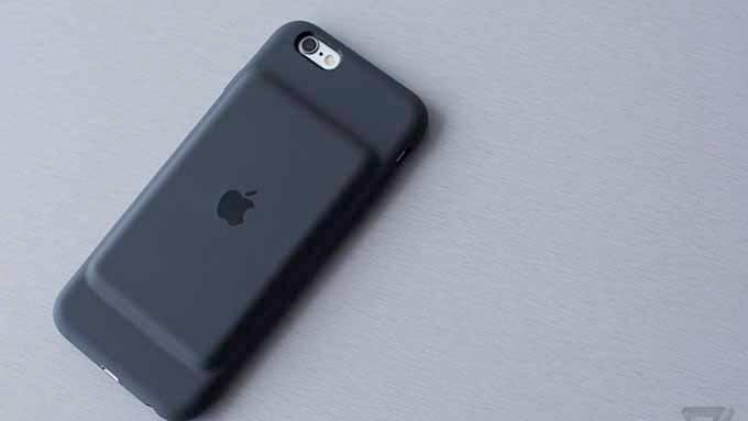 iPhoneバッテリーケース